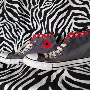 Grey and star patterned back zip Converse hi-tops